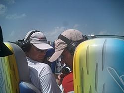 Floating Reporter-2/26/05-Miami Boat Show Poker Run & Shooters Hot Bod Contest-miami-poker-run-06-045.jpg
