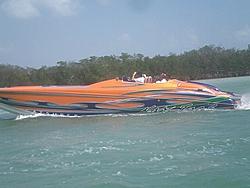 Floating Reporter-2/26/05-Miami Boat Show Poker Run & Shooters Hot Bod Contest-miami-poker-run-06-050.jpg