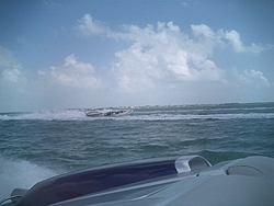 Floating Reporter-2/26/05-Miami Boat Show Poker Run & Shooters Hot Bod Contest-miami-poker-run-06-052.jpg