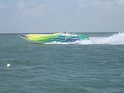 Floating Reporter-2/26/05-Miami Boat Show Poker Run & Shooters Hot Bod Contest-miami-poker-run-06-056.jpg