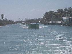 Floating Reporter-2/26/05-Miami Boat Show Poker Run & Shooters Hot Bod Contest-miami-poker-run-06-060.jpg