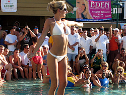 Floating Reporter-3/12/06-Shooters Hot Bod Contest-img_3219.jpg