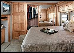 Houston, TX-bedroom.jpg