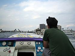 Floating Reporter-3/19/06-Shooters!-img_3260.jpg