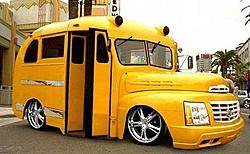 cigarette or apache?-bling-bling-bus.jpg