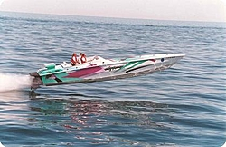 Anybody know about these R/C boats?-1a.jpg