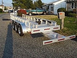 Cat trailers...Need Pics-skater-trailer-small.jpg