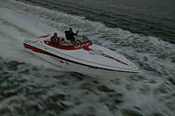 Donzi 28ZX Stability - Rough and Calm Water-franks-boat.jpg