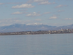 We're off on Lake Champlain-dsc00318a.jpg