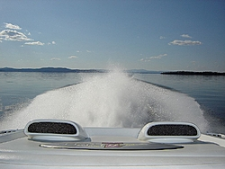 We're off on Lake Champlain-dsc00319a.jpg