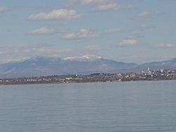 We're off on Lake Champlain-dsc00318a.jpg