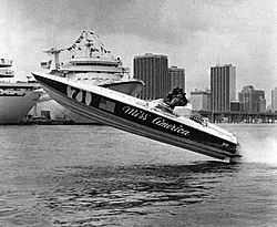 Show me you best old black and white boat pictures!-offshore-history0043a.jpg