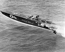 Show me you best old black and white boat pictures!-offshore-history0008a.jpg