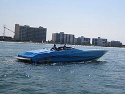 Floating Reporter-5/7/06-Fort Myers Poker Run Pics!!-img_3511.jpg