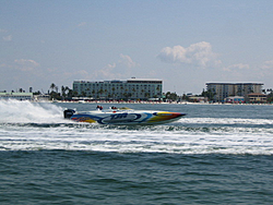 Floating Reporter-5/7/06-Fort Myers Poker Run Pics!!-img_3518.jpg