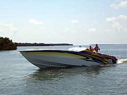 Floating Reporter-5/7/06-Fort Myers Poker Run Pics!!-img_3524.jpg
