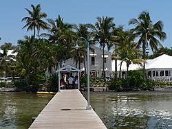 Floating Reporter-5/7/06-Fort Myers Poker Run Pics!!-p1000715-1-.jpg