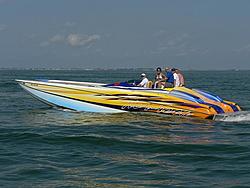 Floating Reporter-5/7/06-Fort Myers Poker Run Pics!!-p1000663-1-.jpg