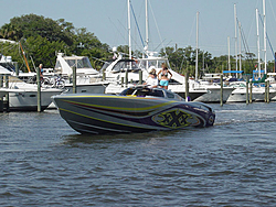 Floating Reporter-5/14/06-Daytona Poker Run Pics!!!-dsc04033sm.jpg
