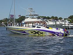 Floating Reporter-5/14/06-Daytona Poker Run Pics!!!-dsc04035sm.jpg