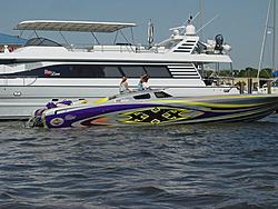 Floating Reporter-5/14/06-Daytona Poker Run Pics!!!-dsc04037sm.jpg
