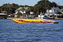 Floating Reporter-5/14/06-Daytona Poker Run Pics!!!-img_2557.jpg