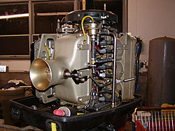 anyone have pics of there engine compartment..-motor2.jpg