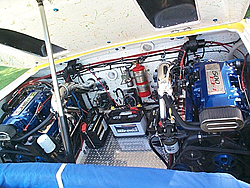 anyone have pics of there engine compartment..-p0000633.jpg