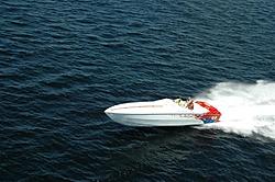 Spinning Props Inward Or Outward-2005-sebago-lake-poker-run-215-large-.jpg