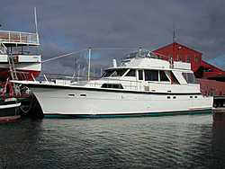 extreme yachts on now-hatteras_r.jpg