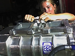 Clean Skater engine compartment?-1.jpg