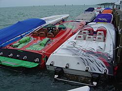 motion 35 vs spectre 36-fpc-miami-boat-show-poker-run-2005-190.jpg