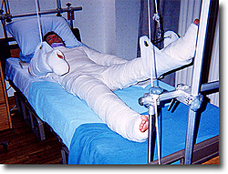 Why Have 3 or 4 threads been zapped re: fountain flip/roll in So. Fla.?-mu026_full_body_cast1.jpg