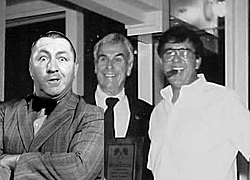 identify these guy's-3-stooges-b-w.jpg