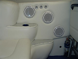 What type of stereo system do you have in your boat??-dsc02229-small-.jpg