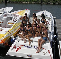 gc offshore poker run-girls.jpg