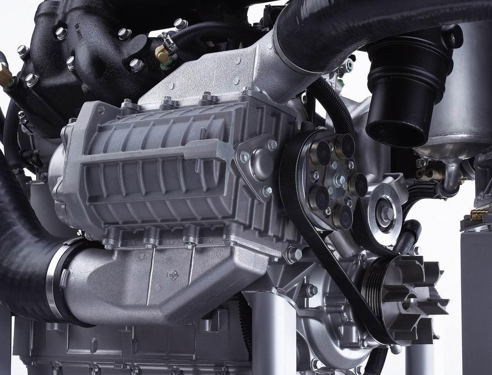 Seadoo RXT vs Yamaha FX waverunners - Offshoreonly com