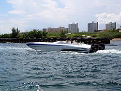 Floating Reporter-9/30/06-Land & Sea Poker Run Pics!!-img_4313.jpg