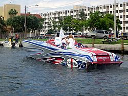Floating Reporter-9/30/06-Land & Sea Poker Run Pics!!-img_4275.jpg