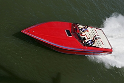 Smaller twin engine boats-tn_fountain-3.jpg