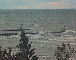 Good day for the Sabers and Apaches on Lake Michigan-bigwaves3.jpg