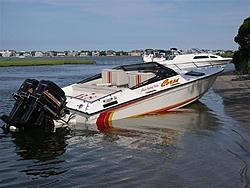 best 24-26 Offshore Old School Boat?-dscn0254-small-.jpg