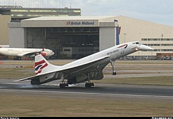 SPEED: The end of an era.......the Concord is being retired from British Air-airlinersnetphotoid089725.jpg