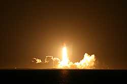 STS116....The Shuttle is up!-shuttle116b.jpg