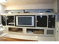 Just purchased Cary 50 with red hull-cary-50-interior.jpg