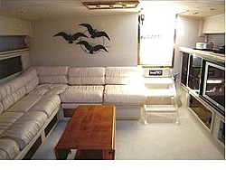 Just purchased Cary 50 with red hull-cary-interior-2.jpg