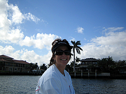 Floating Reporter-1/1/07-Floating Reporter is Back!!-img_4633.jpg