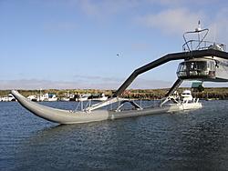 Strange watercraft-2.jpg