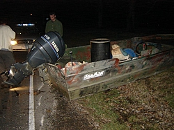 Why you don't drink and boat!!!!-drunk-boater05-large-.jpg