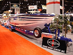 Comparable to Cig, Outerlimits, & Nortech-chicago-boat-show-2007-006-large-.jpg